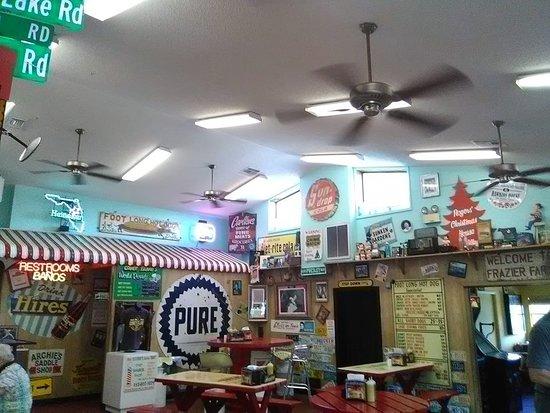 Brooksville, Φλόριντα: inside decor..