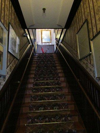 Jamestown, Kalifornien: Main stairway