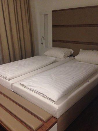 Hotel Senator: Comfortable bed