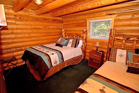 Island Park, ID: Room in rental cbin