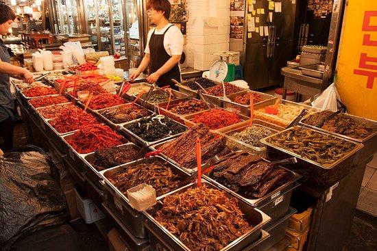 janet s cooking studio seoul food tour sampling korean street food at kwanjang market