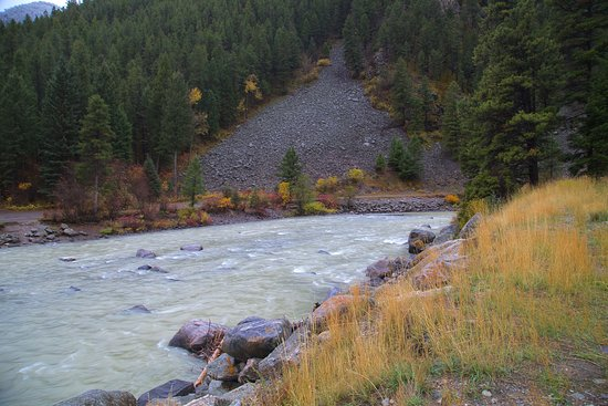 Gallatin Canyon: Gallatin River