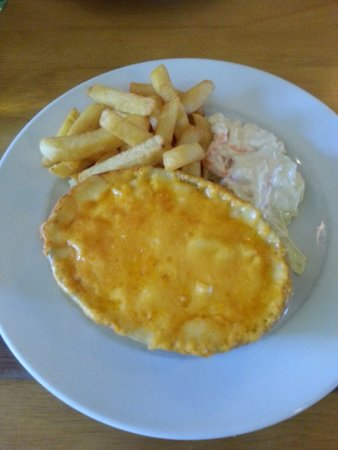 Culloden Moor Inn: Macaroni and chips
