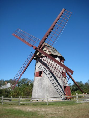 Gail's Tours of Nantucket: Old working gristmill.