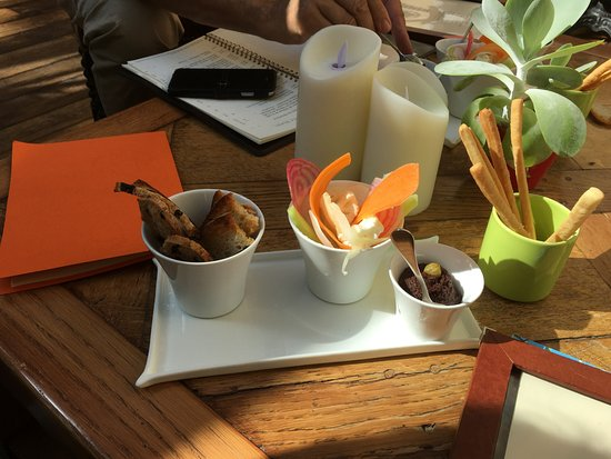 La Celle, France: Crudites and tapenade served with aperitif.