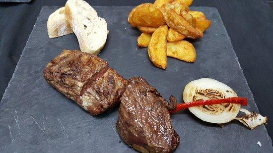Yecla, España: Algunos de nuestros platos y especialidades
