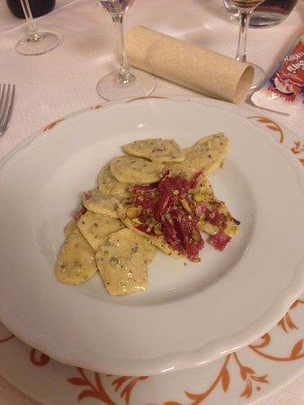 Zafferana Etnea, อิตาลี: Cori di pistacchio