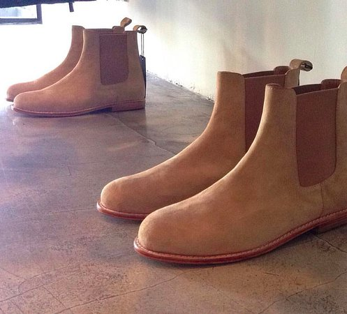 house of nineth life: mens chelsea boots