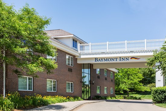 Baymont inn suites des moines airport updated 2017 for The baymont