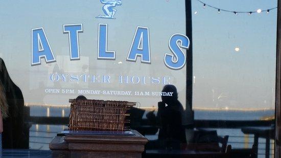 Atlas Oyster House: 20161012_182006_large.jpg