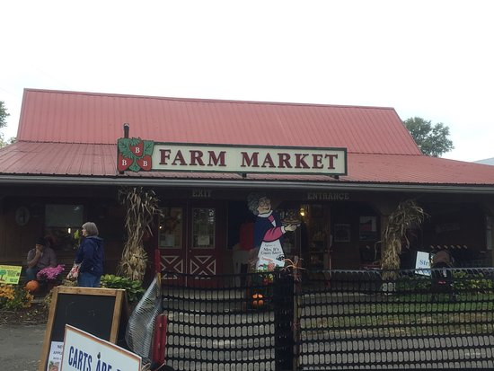 Monongahela, PA: The store at Triple B farms