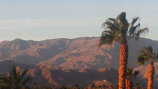 Cathedral City, Californie : taken from my balcony