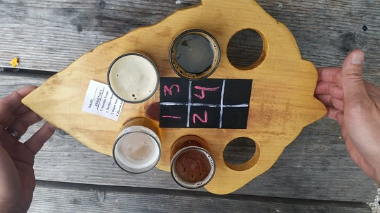 Suttons Bay, MI: Hop Lot Brewing Company
