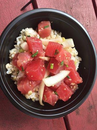Lana'i Ohana Poke Market: Sweet Maui onion poke