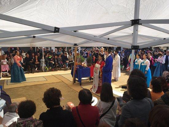 Korean Folk Village: Real wedding