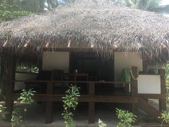 Etu Moana: Front of Villa 2