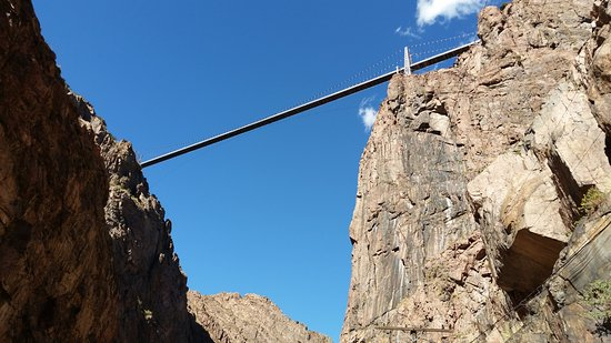 Royal Gorge Route Railroad: View of the bridge from the train