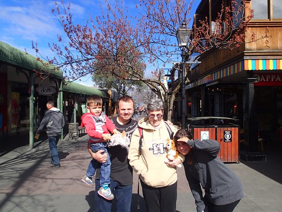 Queenstown Mall: Ann with son and grand kids