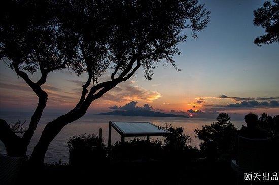 Cala Piccola, Italy: 夕阳西下
