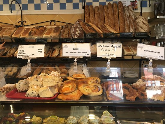 Elwood, Australia: Many kind of bakery