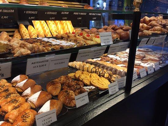 Province of Avila, Spagna: Baked Goods