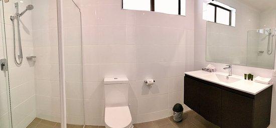 Kingscote, Australia: Superior Room Bathroom