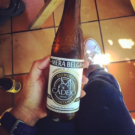 Gracias, هندوراس: Artisanal Beer - Cadejo Mera Belga