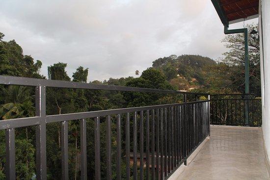 Green Villa Kandy: Balcony