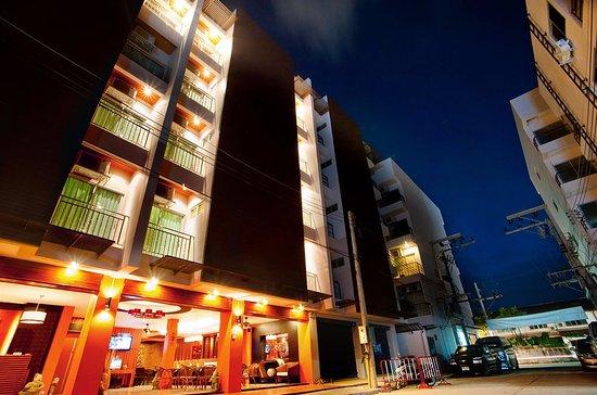 Deva Patong Suites Hotel
