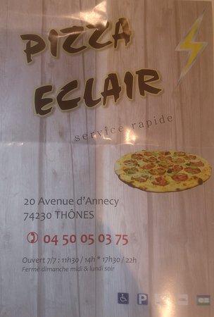 Thones, Frankreich: pizza éclair