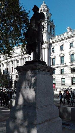 Henry John Temple Statue