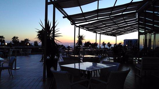 Terrassen  Terrassen ved baren - Kaya Side, Side Resmi - TripAdvisor