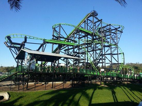 Green Lantern Rooller Coaster ảnh Của Warner Bros Movie World