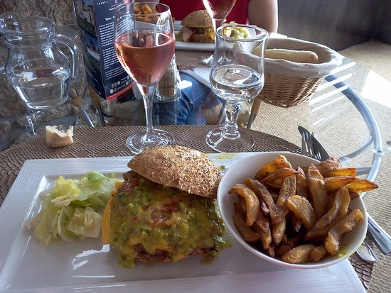 Damgan, France : le handburger
