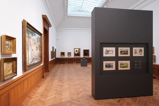 The permanent exhibition in the main building of the Latvian National Museum of Art shows the ri