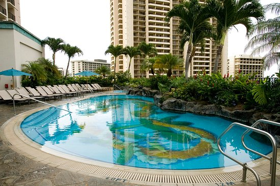 Hilton Hawaiian Village Waikiki Beach Resort: Outdoor Pool