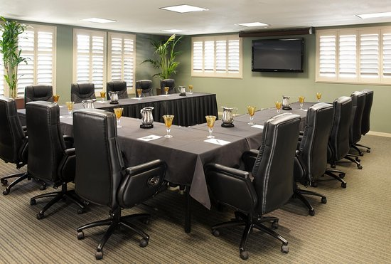 DoubleTree by Hilton Hotel Campbell - Pruneyard Plaza: Boardroom