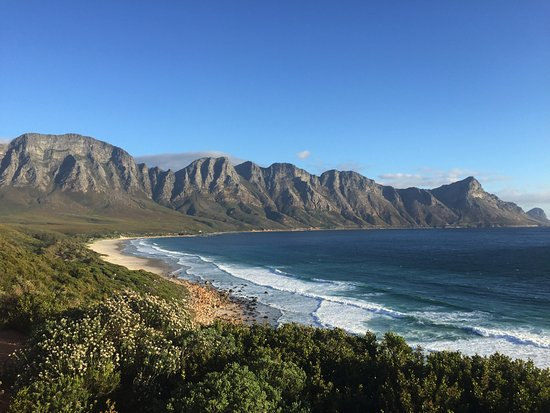 Sasa Hivi Explorers: Kogelberg Mountain Range on the whale route