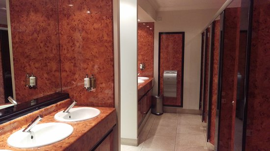 Ferryhill House Hotel: IMAG2168_large.jpg