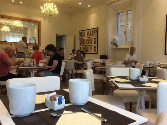 Hotel Italia: Petit déjeuner