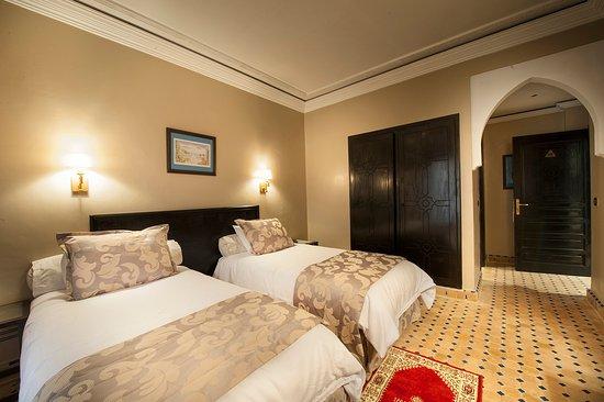 Hotel le Caspien: twin room