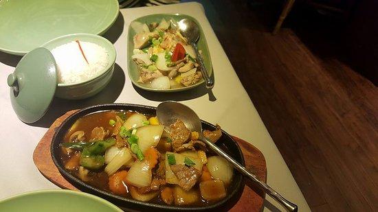 Jintana Thai Restaurant: Mains