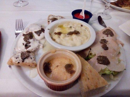 """San Giustino, อิตาลี: Piatto unico """"tartufo"""""""