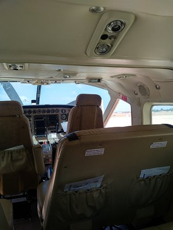 Cinnamon Air Scenic Flights Inside The Plane