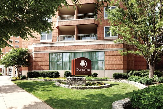 Doubletree Inn at The Colonnade: Hotel Exterior