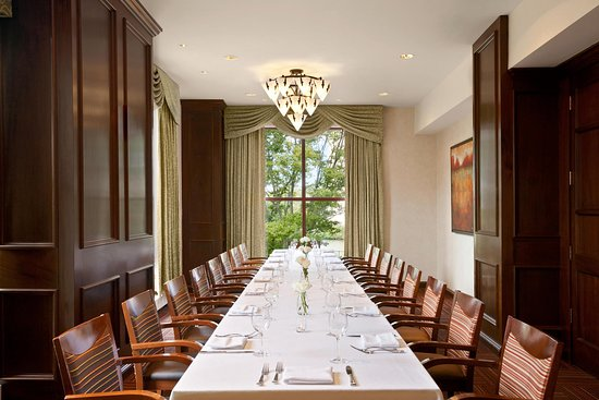 doubletree suites by hilton boston cambridge harvard private dining room - Private Dining Room Boston