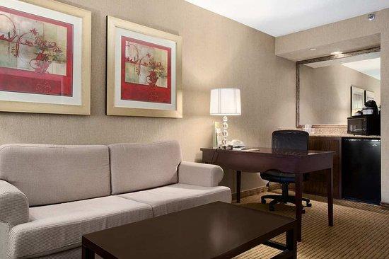 Miamisburg, Огайо: Suite Living Area
