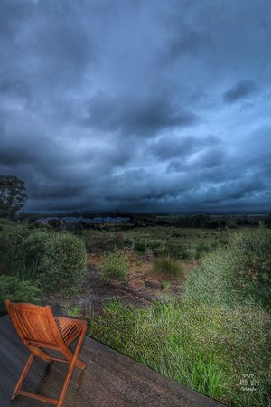 Torbay, Australia: More balcony stormy views