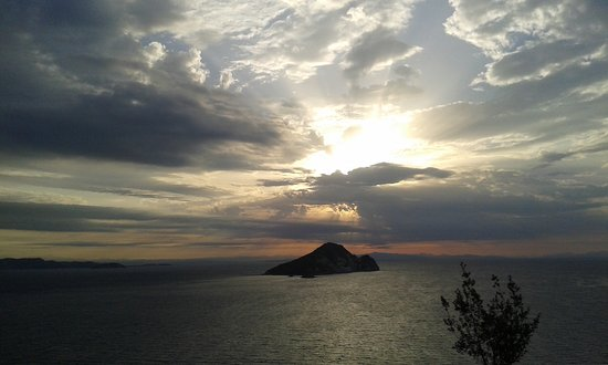 Limni Keri, Grecia: View in dipping light