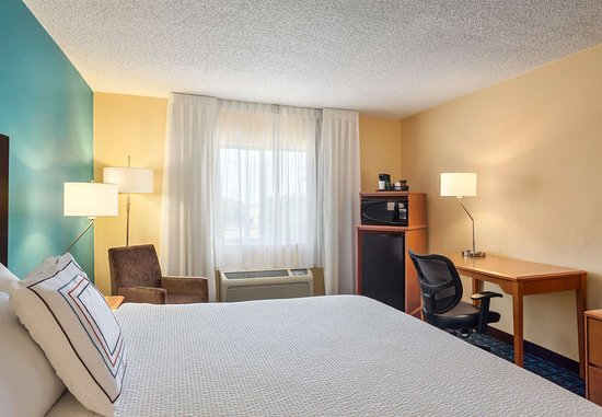 Norman, OK: King Guest Room